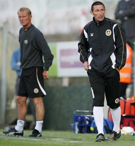 Truro City player-manager Lee Hodges, with assitant Dave Newton. Image courtesy pafc and Dave Rowntree, copyright Dave Rowntree